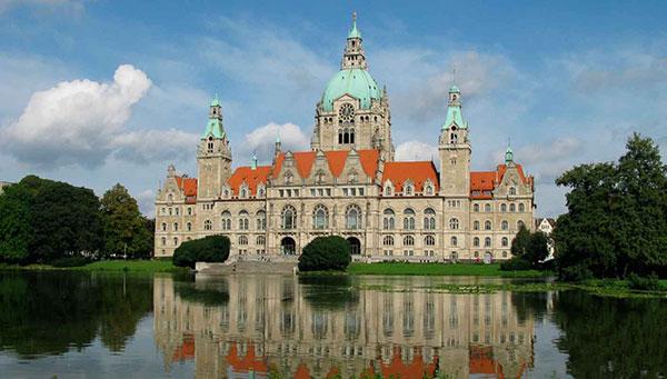 فرانكفورت - جولة بحرية على طول نهر الراين - قلعة ألتس - كولونيا –  دوسلدورف