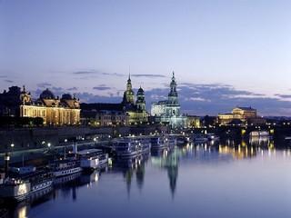 فيينا VIENNA