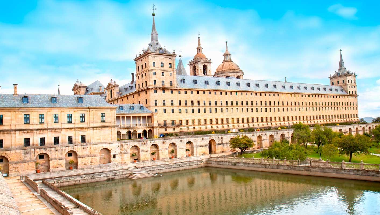 مدريد - سرقسطة - بوبليت - مونتسيرات - برشلونة، إسبانيا