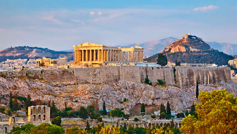 الوصول أثينا، اليونان